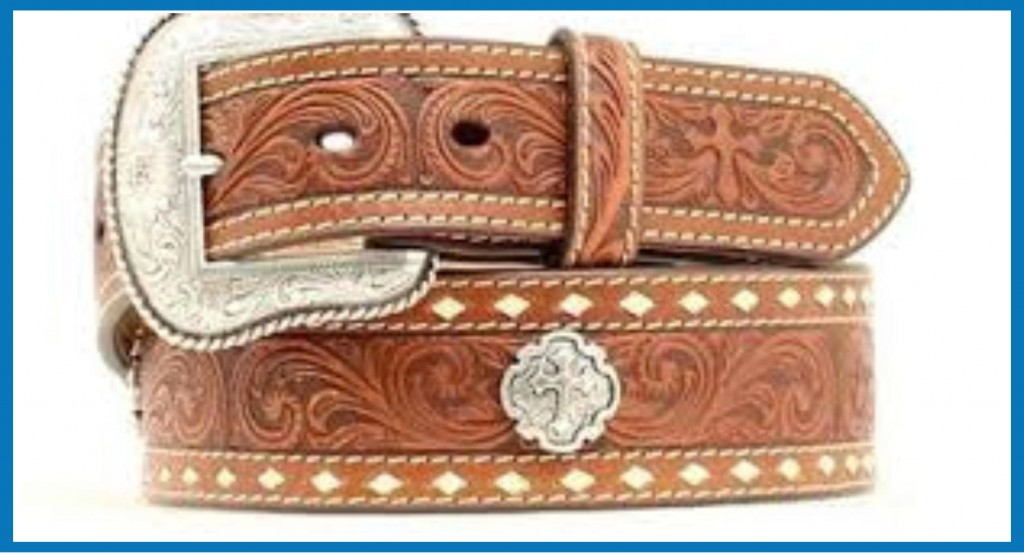belt with flowers embossing